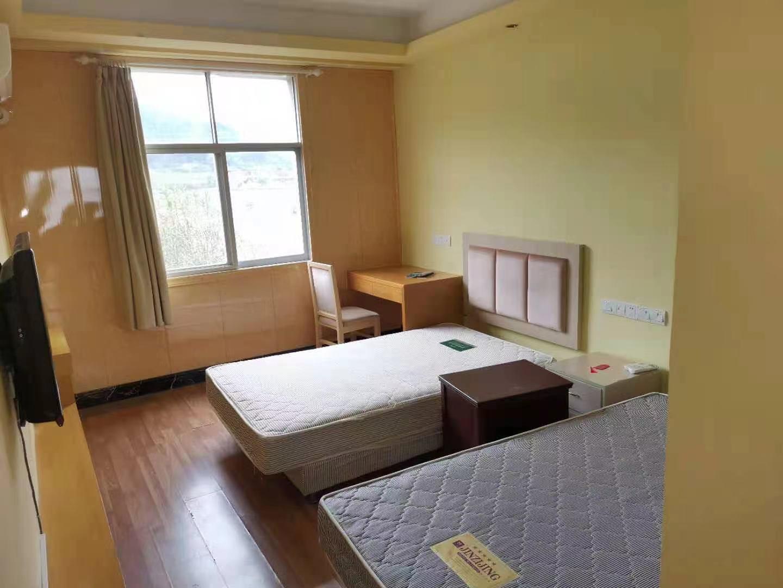 二手酒店桌椅 供应二手公寓书桌椅